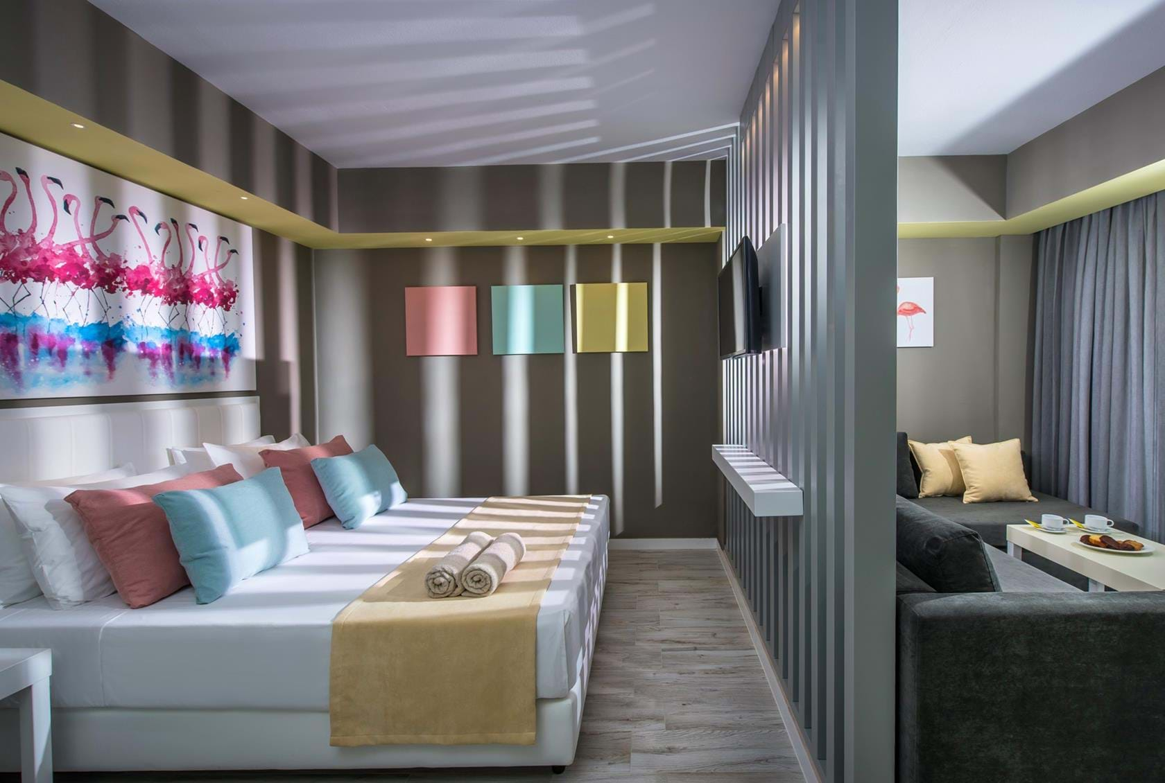 Signature Collection Rooms: Flamingo