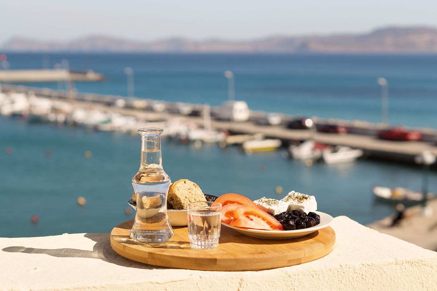 Guide: How to Eat & Drink like a Cretan
